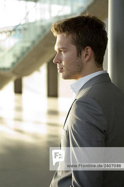 Seitenprofil eines Geschäftsmannes