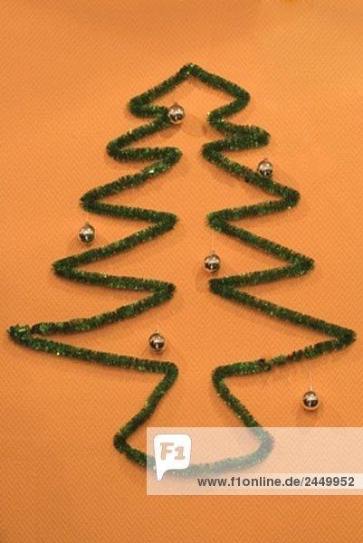 Stillleben mit Weihnachtsbaum symbol Stillleben mit Weihnachtsbaum symbol
