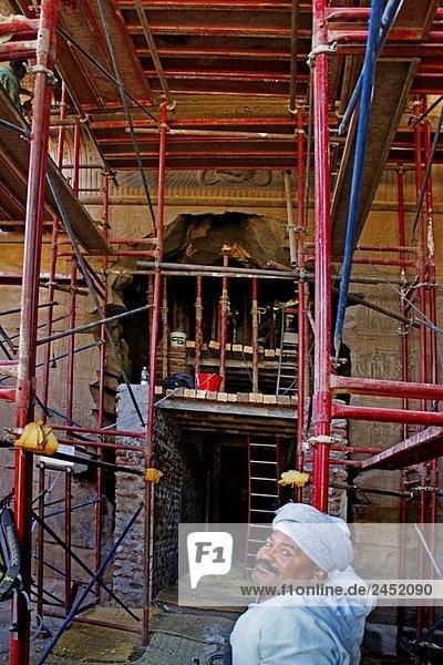 Restauration des BBT-Tempel  in Karnak. Ägypten.