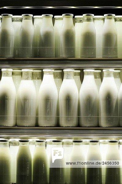 Milchflaschen. Barcelona.
