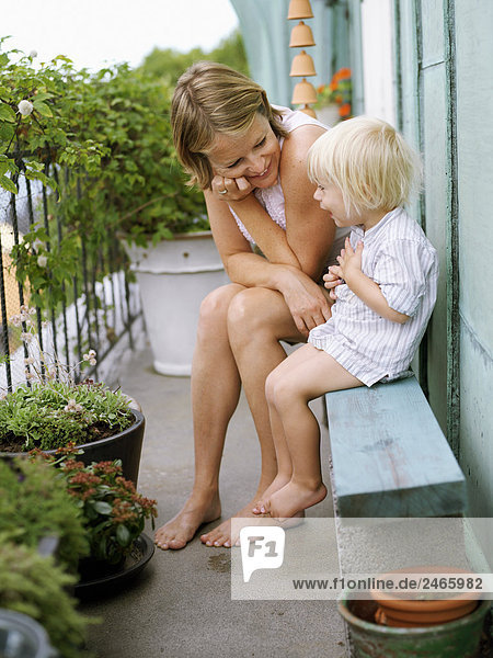 Sohn Balkon Mutter - Mensch