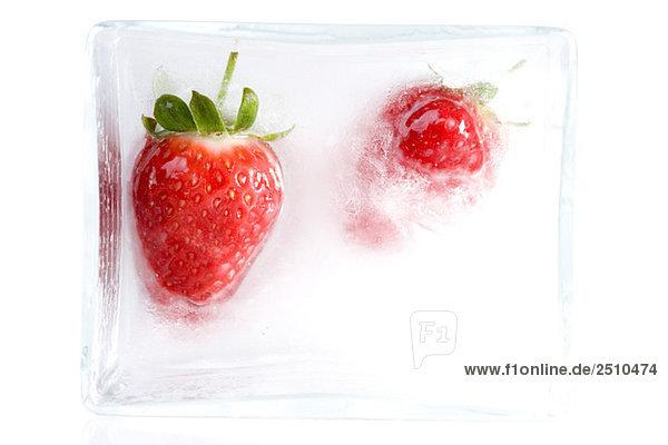 Zwei Erdbeeren  Nahaufnahme Zwei Erdbeeren, Nahaufnahme