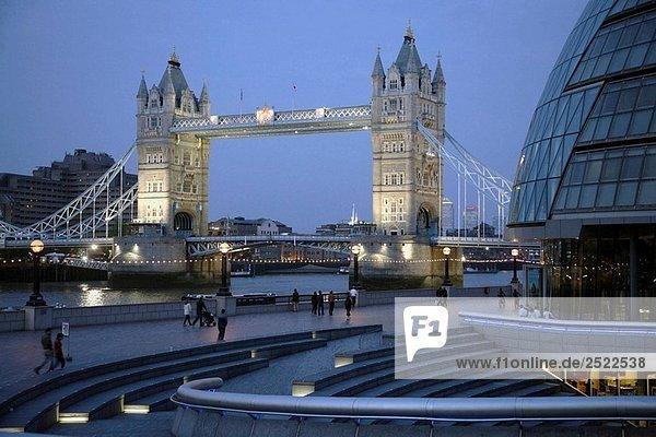 UK  Großbritannien  England  London  Tower Bridge  Rathaus