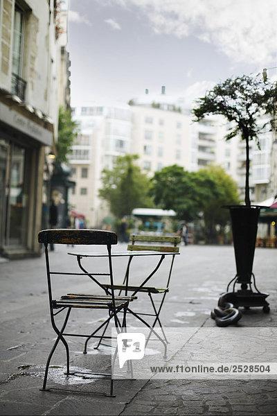 Cafe Table  Paris  France
