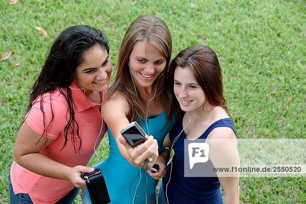 Gruppe von Jugendlichen ein Bild oder selbst