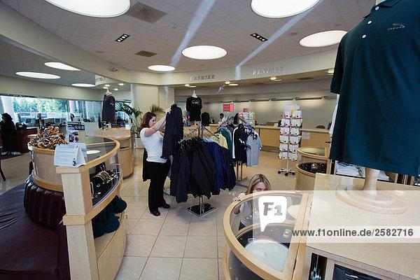 Gift shop at car dealership