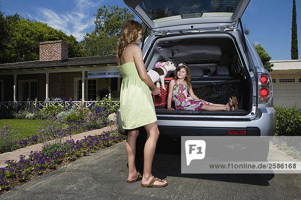 stehend jung Pilot Honda Mädchen Mutter - Mensch Welpe