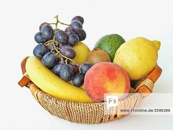 Detail Foto von einem Obstkorb mit verschiedenen Früchten