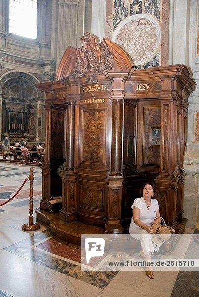 Inside St Peter´s Basilika der Vatikan  Rom  Latium