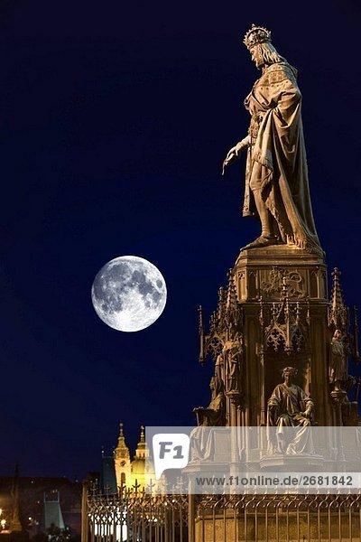 König Karl iv Statue Ritter quadratisch alte Stadt Stare Mesto. Prag. Tschechische Republik.