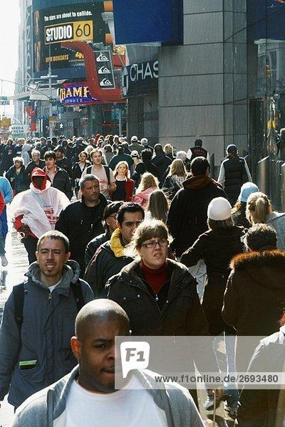 Menge auf der Straße