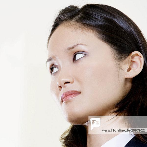 Eine geschäftsfrau besorgt blick Nahaufnahme