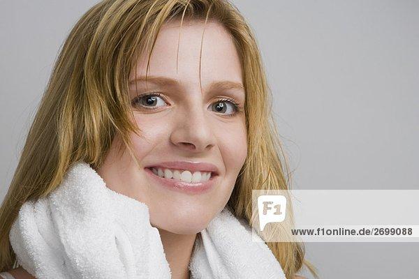 Ein Teenagerin lächelnd portrait