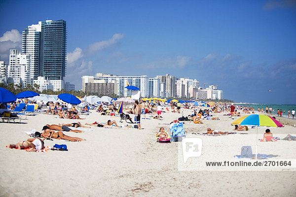 Touristen auf den Strand,  South Beach,  Miami,  Florida,  USA