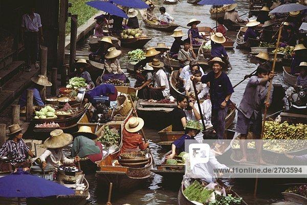 Erhöhte Ansicht der schwimmende Markt  Bangkok  Thailand
