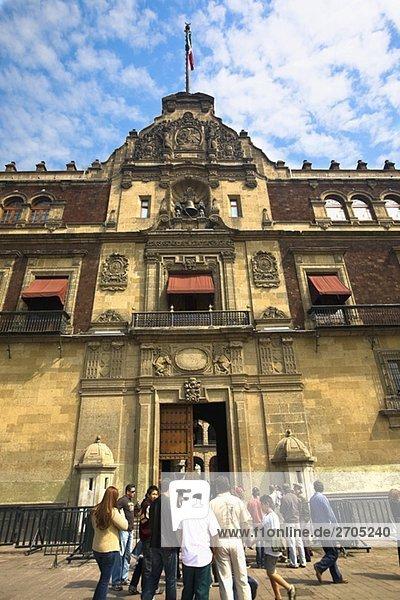 Untersicht einer Regierung Gebäude  National-Palast  Zocalo  Mexiko-Stadt  Mexiko