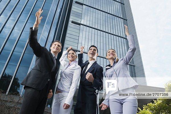 niedrig stehend 4 heben Ansicht Flachwinkelansicht Wirtschaftsperson Winkel Business