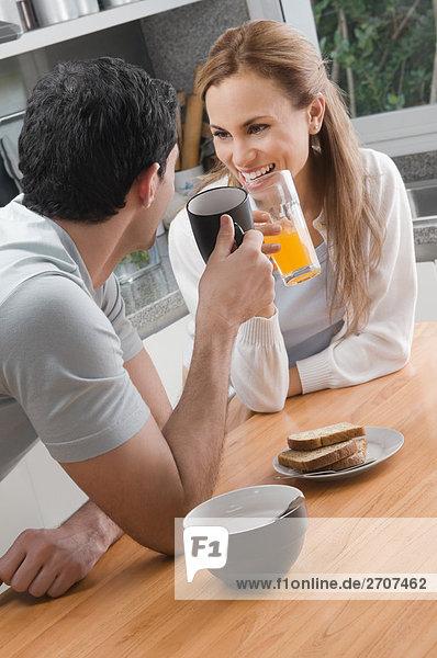Mittelpunkt Erwachsener Frühstück