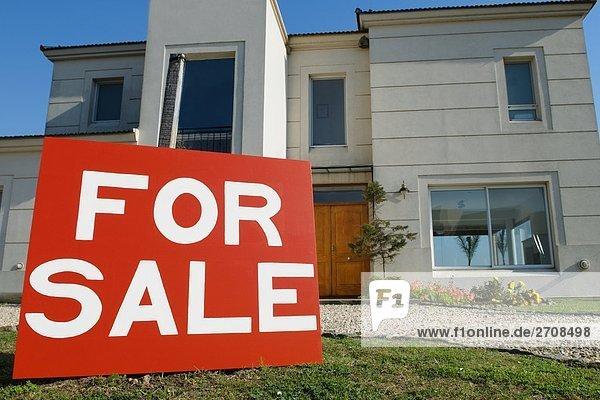 einsteigen Wohnhaus frontal verkaufen Information