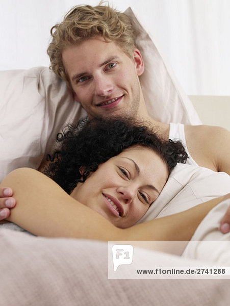 Kuscheln im Bett