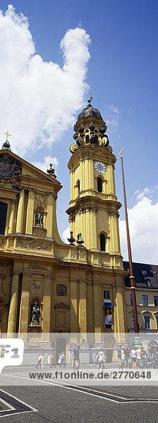 Theatiner Kirche  Odeonsplatz  München  Bayern  Deutshland