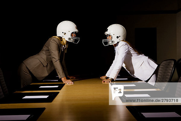Geschäftsfrau Helm Kleidung Unentschieden Football