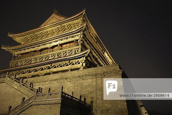 Schließen Sie Schuß von Nachtszene von Alt Architektur  Xi_an