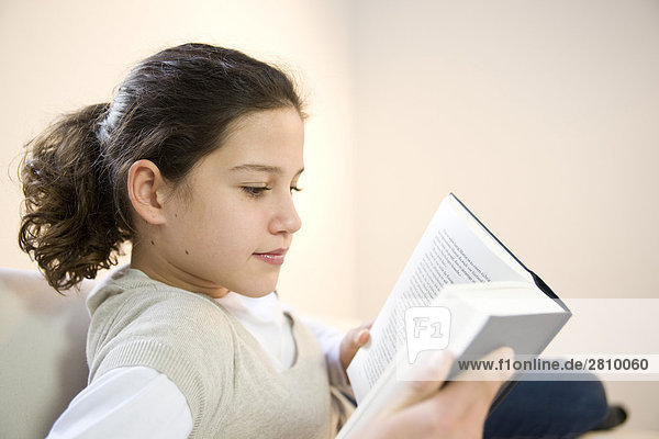 Mädchen Lesung Buch