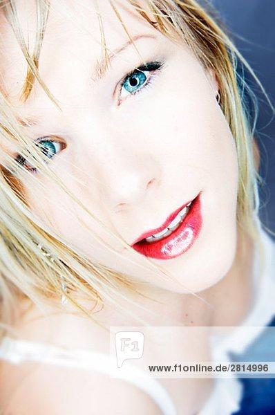 Portrait einer skandinavischen jungen Frau.