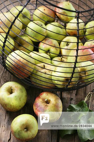 Korb Apfel