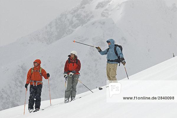 nahe Führung Anleitung führen führt führend Chance Ski unbewohnte entlegene Gegend British Columbia Kanada
