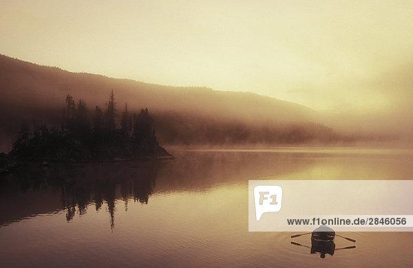 Fischerei auf kleine Charlotte Lake  British Columbia  Kanada.