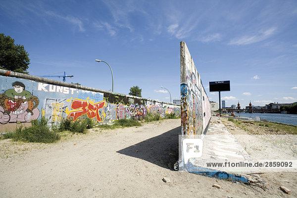 Germany  Berlin  Wall with graffiti Germany, Berlin, Wall with graffiti