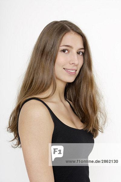 Teenager Mädchen (16-17) lächelnd  Porträt