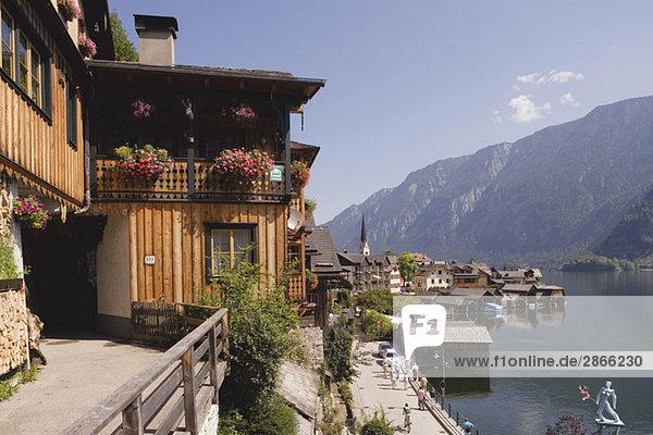 Austria  Salzkammergut  Hallstatt village and lake