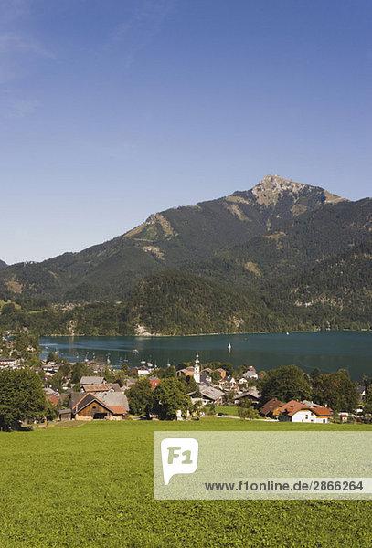 Austria  Lake Wolfgangsee  St. Gilgen  Schafberg mountain in backgound
