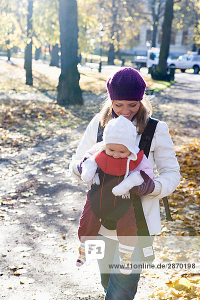Mutter und ihr Kind-Schweden.