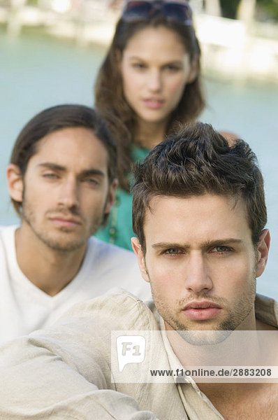 Porträt von drei Freunden