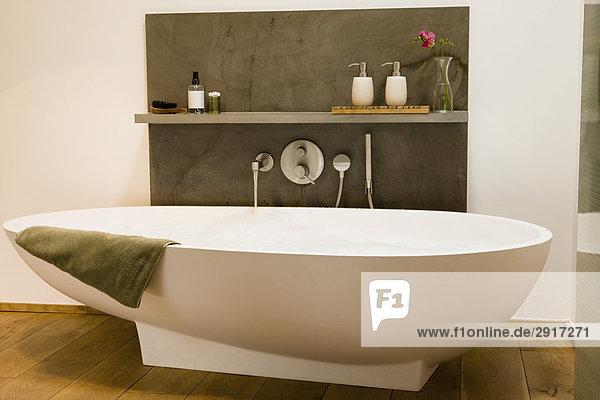musterbad lizenzfreies bild bildagentur f1online 2917271. Black Bedroom Furniture Sets. Home Design Ideas