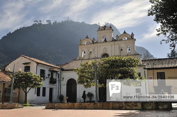 Kirche Nuestra Senora de las Aguas and Monserrate Mountain  Bogota  Kolumbien  Suedamerika