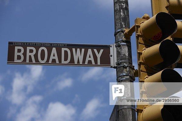 Broadway-Straßenschild  New York City  USA