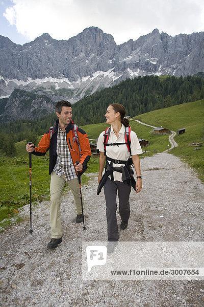 10853592  Walking  Wandern  Ramsau  Dachstein  Styr