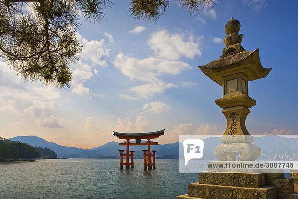 10854708  Japan  Asien  Hiroshima Provinz  Miyajim
