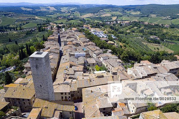 Italien  Toskana  San Gimignano  Dächer  erhöhte Aussicht