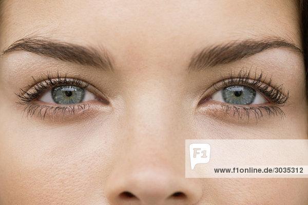 Nahaufnahme der Augen einer Frau