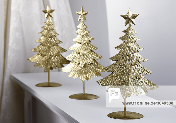 Advent,  Christmas,  decoration,  decoration,  fir-trees,  for Christmas,  metal,  metal,  parties,  shelve,  small trees,  symbols,  three,  Weihnachtsdekoration