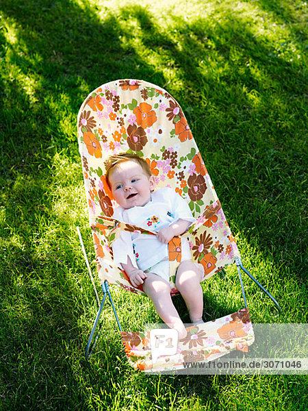 Stuhl Garten lebhaft Baby