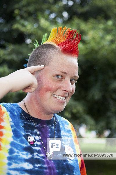 Portrait einer lesbische Frau lächelnd  DuPont Circle  Washington DC  USA