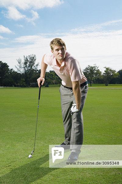 Man spielen Golf in ein Golfplatz  Biltmore Golf Course  Coral Gables  Florida  USA