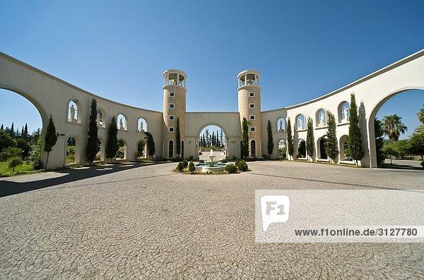Innenhof mit Springbrunnen  Antalya  Türkei